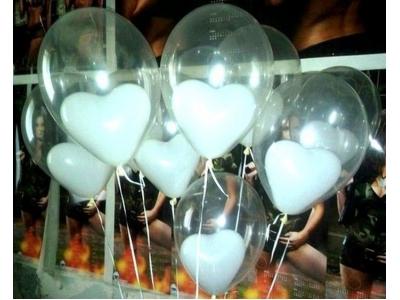 Белое сердце в шаре
